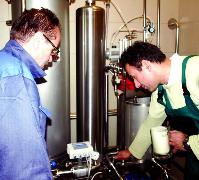 Nové pivo Tambor už je hotové, o víkendu se začalo filtrovat